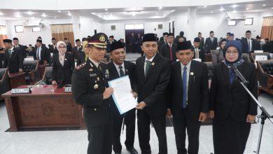 Photo of DPRD Lumajang Deklarasi Dukung Kapolres Memberantas Kejahatan Bisnis Skema Piramida Yang Menyengsarakan Rakyat