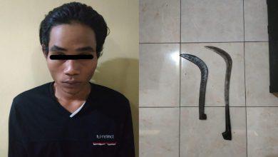 Photo of Bawa Clurit, Warga kecamatan Tempeh Digelandang ke Polsek