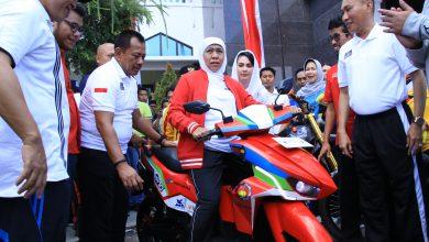 Photo of Khofifah Sebut Lowo Ireng Reborn Karya ITS Mirip Batmobile Batman