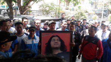 Photo of Relawan Sukoiri Datangi Kantor KPUD Gresik, Konsultasi Persyaratan Jalur Independen