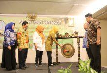 Photo of Dorong Peningkatan Kualitas Produk, Gubernur Khofifah Pertemukan IKM dan UKM Jatim Dengan Buyer Luar
