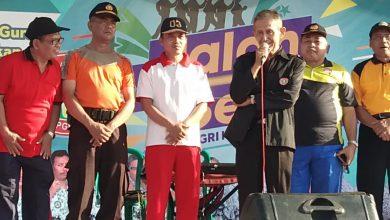 Photo of Senam dan Jalan Sehat Peringati HUT PGRI Ke-74 dan HGN