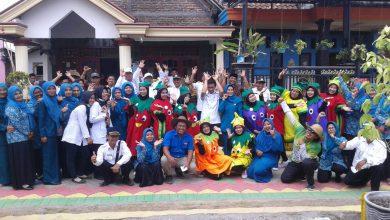 Photo of Semangat Luar Biasa, Warga Dusun Lengkong Saat Ikuti Lomba Gresik Bisa