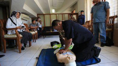 Photo of Berbagai Fasilitas Publik di Surabaya Dilengkapi Alat Pacu Jantung
