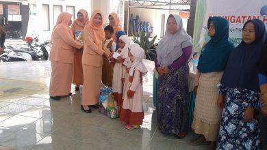 Photo of Peringatan HUT Dharma Wanita Persatuan Wringinanom Dengan Bantuan Anak Yatim dan Janda