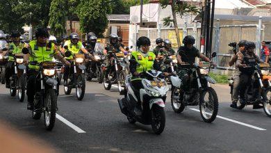Photo of Naik Motor, Gubernur Khofifah Bersama Forkopimda Jatim  Tinjau Kesiapan Natal di Gereja Surabaya