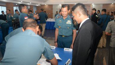 Photo of Komandan Lantamal V Hadiri Pelaksanaan Kontrak Bersama Pengadaan Barang dan Jasa TNI AL 2020