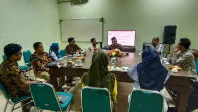 Photo of Pasukan Mahasiswa UINSA Bersama  Bawaslu Turut Awasi Pilkada Gresik