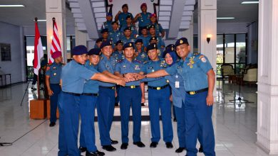 Photo of Tiga Kepala Dinas Jajaran Lantamal V Berganti