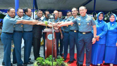 Photo of Gubernur Akademi Angkatan Laut Saksikan Peresmian Gedung Mako Kolat Penerbal oleh Wakasal