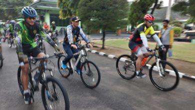 Photo of Danlanal Batuporon bersama Kapolres, dan Dandim 0829/Bangkalan Gowes Bersama