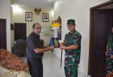 Photo of Danlanal Denpasar Melaksanakan Kunjungan Dan Audensi Dengan Ketua Pengadilan Tinggi Denpasar