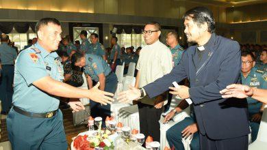 Photo of Wagub AAL Hadiri Perayaan Natal Gabungan TNI AL Wilayah Surabaya