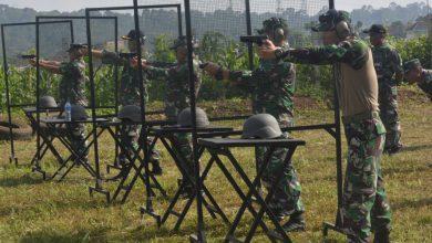 Photo of Prajurit Lanal Semarang Tingkatkan Kemahiran Menembak Pistol