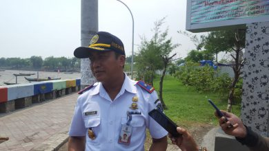 Photo of Urai Kemacetan, Dishub Surabaya Bakal Operasikan TL di Simpang Pandegiling – Imam Bonjol
