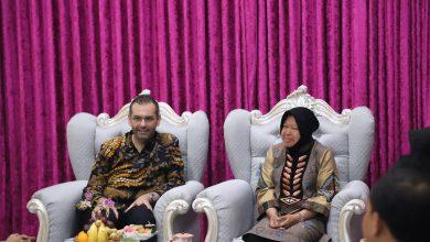 Photo of Terima CSR dari Indosat Ooredoo, Surabaya jadi Kota Pertama Implementasi Program IdCamp Offline