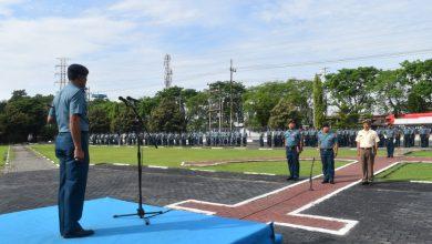 Photo of Dansatrol Lantamal V Pimpin Upacara Pengibaran Bendera
