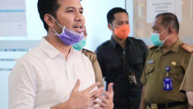Photo of Pastikan Kinerja ASN Tetap Produktif, Wagub Emil Sidak Kantor Disperindag Jatim