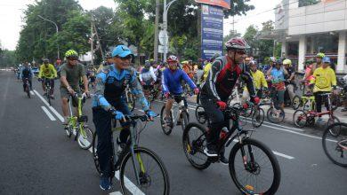 Photo of Danlantamal V Beserta Perwira Stafnya Semarakkan Bike To Work Dalam Rangka Peresmian Taman Petekan Surabaya