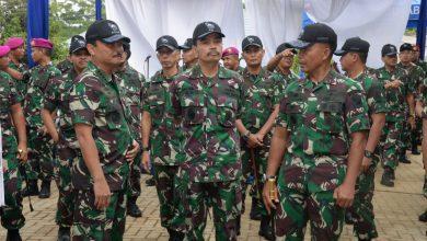 Photo of Komandan Lantamal V Dampingi Kasal Tinjau Puslatpur dan Peresmian Penggunaan Masjid Al Maajid