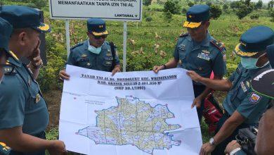 Photo of Danlantamal V Tinjau Aset TNI AL Di Desa Mondoluku Dan Desa Kepuhklagen, Gresik
