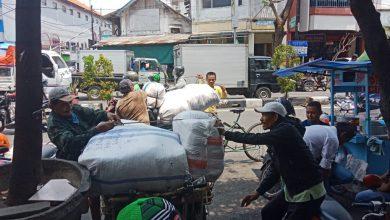 Photo of Ini Langkah Pemkot Surabaya Menjelang Dibukanya Kembali Pasar Kapasan dan PGS