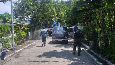Photo of Basmi Covid – 19 Subsatgas Covid Lantamal V Semprotkan Desinfektan Kesekitaran Rumdis TNI-AL