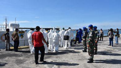 Photo of Keterlibatan Pangkalan TNI AL Denpasar Dalam Pengamanan Evakuasi Penanganan Covid '19 di Pelabuhan Benoa Bali