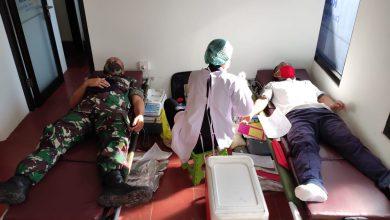 Photo of Penuhi Kebutuhan Darah Di Tengah Pandemi Covid -19, Lanal Denpasar Melaksanakan Donor Darah