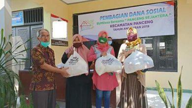 Photo of Ratusan Nasabah Bumdes Bersama 'Panceng Sejahtera' Gresik Digelontor Paket Sembako Lawan Covid -19