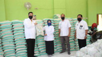 Photo of Wali Kota Habib Hadi chek Kesiapan Logistik Bantuan Sembako, Masyarakat Harus Bersabar
