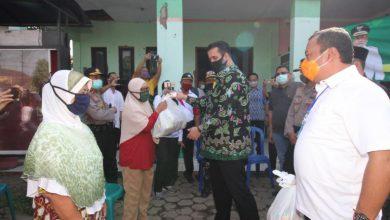Photo of Pemkot Probolinggo Bagikan 20 Ribu Paket Sembako di Tahap Pertama
