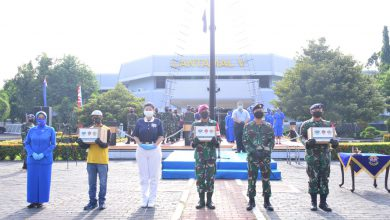 Photo of Lantamal V Bersama Budha TZU Chi Indonesia Gelar Baksos Peduli Kasih Dampak Covid-19