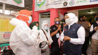 Photo of Hari Pertama PSBB Malang Pemprov Jatim Gelontor Bansos Rp 58,39 Miliar untuk Malang Raya