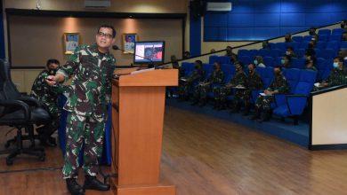 Photo of Jelang Pelaksanaan Sidang Skripsi Taruna, Gubernur AAL Berikan Arahan Pada Dosen Penguji