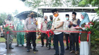 Photo of Danlanal Batuporon Bersama Forkopimda Bangkalan Launching Kampung Tangguh Bangkalan