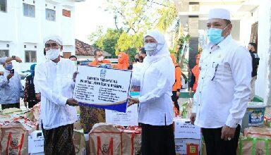 Photo of Sudah 168 Pesantren Terima Bantuan Pendisiplinan Penegakan Protokol Kesehatan dari Pemprov Jatim Untuk Jadi Pesantren Tangguh