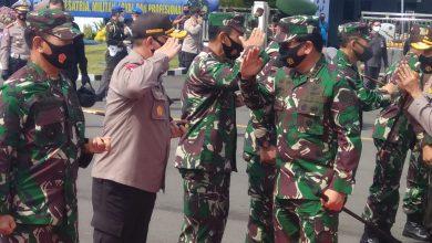 Photo of Danlanal Malang Dampingi Panglima Koarmada 2 dan Danlantamal V Ikuti kegiatan Kunker Panglima TNI Di Kota Malang