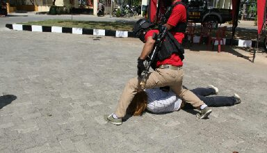 Photo of Mau Di Ciduk, Pelaku Begal Berusaha Melawan Aparat