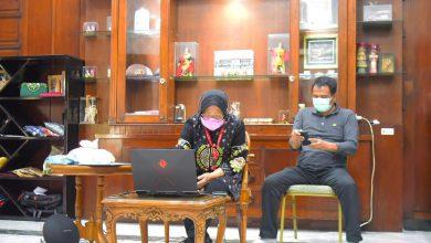Photo of Di Momen Wisuda Poltekbang, Wali Kota Risma Titip Pesan untuk Jaga Amanah dan Bantu Sesama