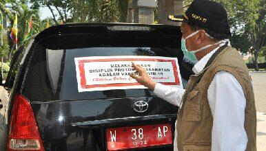Photo of Mobil Dinas Pemkab GresikHarus Dipasang Sticker Sosialisasi Protokol Kesehatan