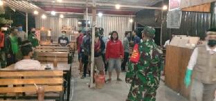 Photo of Pengunjung Gelora Cofee Kalangkabut Di Bubarkan Tiga Pilar Balongpanggang