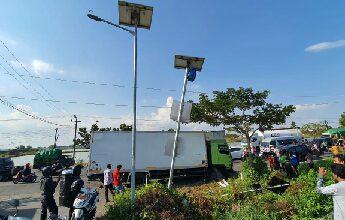 Photo of Kecelakaan Beruntun Kembali Terjadi Di Jalan Raya Setrohadi Duduk Sampeyan