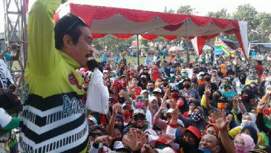 Photo of Wabup Bersholawat Ketika Ribuan Pegowes Datang Di Garis Finish