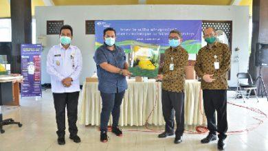 Photo of Bantuan APD Untuk Mendukung Gresik Keluar dari Pandemi Covid-19