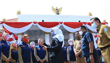 Photo of Gubernur Khofifah Minta 10 Lulusan Terbaik IPDN Angkatan XXVII Ditempatkan di Pemprov Jatim