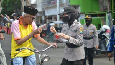 Photo of Kampanyekan Kepada Masyarakat Harus Menggunakan Masker Kata Kapolres Kota Probolinggo