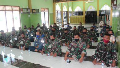 Photo of Rayakan HUT ke-75 Kemerdekaan RI, Prajurit Lanal Banyuwangi Laksanakan Do'a Bersama