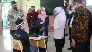 Photo of Gubernur Jatim Kunjungi Dua Sekolah Tatap Muka Terbatas Di Kota Probolinggo