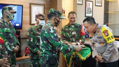 """Photo of Dandim 0817/Gresik Pimpin Perwira Staf Serta Danramil Jajaran """"GREBEK"""" Kapolres Gresik."""